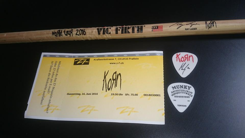 Ticket, guitar pick, drumstick / Thanks to facebook.com/KornCollection